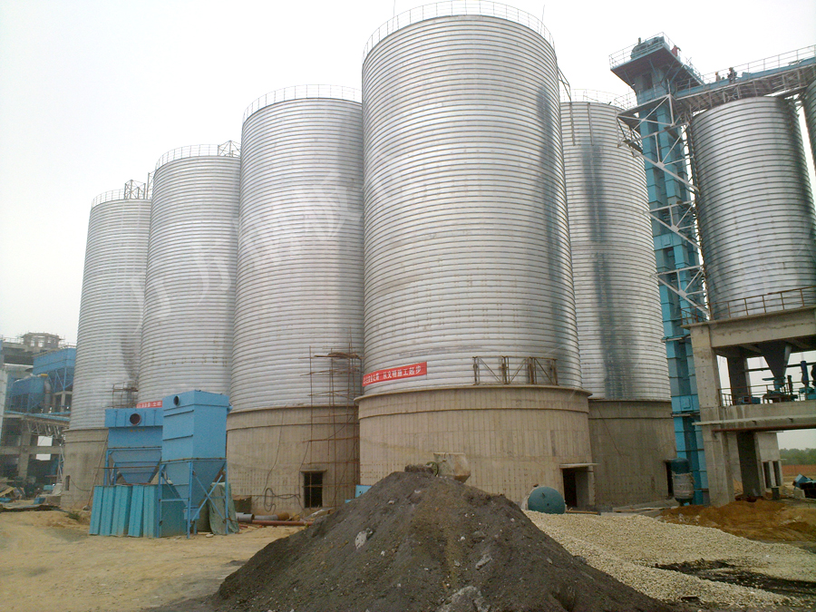 Comprehensive utilization of fly ash in steel silo
