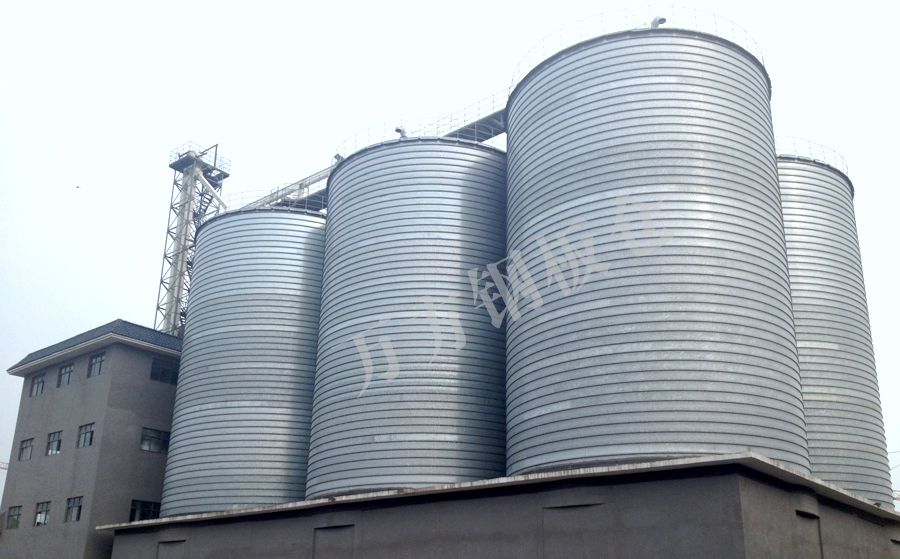 Comparison of advantages between steel silo and traditional cement silo